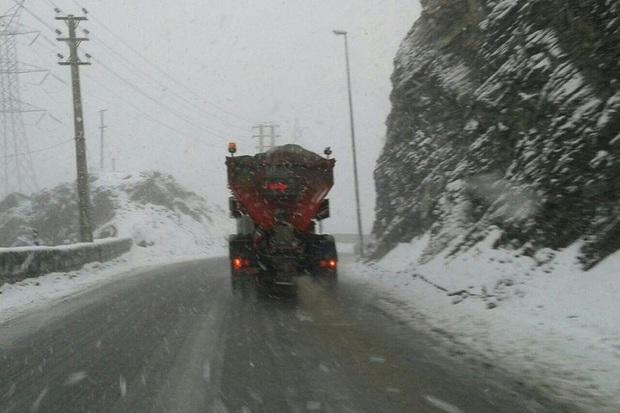 برف واپسین روزهای زمستان در گردنه های قزوین