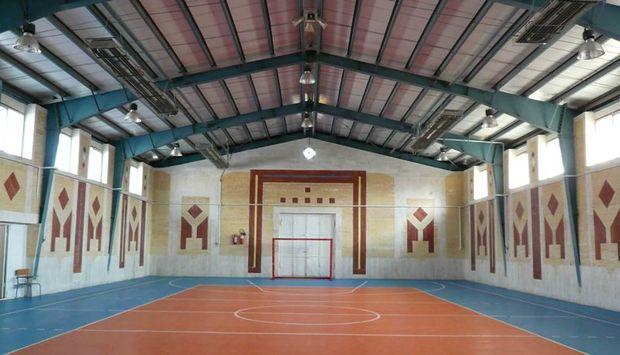 سرانه ورزشی فلاورجان 28 صدم متر مربع به ازای هر نفر است