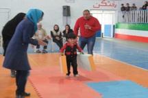 مسابقات کودکان آهنین در قاین برگزار شد