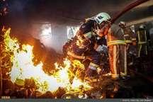آتش سوزی پارکینگ ساختمان مسکونی درچهاردانگه اسلامشهریک مصدوم برجا گذاشت