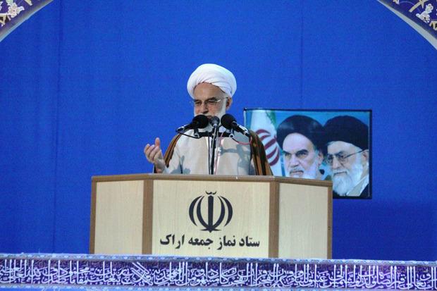 ملت ایران با مقاومت توطئه های دشمنان را خنثی می کند