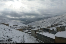 برف و سرما مدارس استان اردبیل را برای دومین روز تعطیل کرد