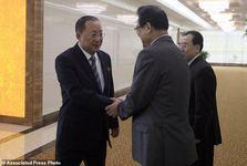 دیپلمات کره شمالی در راه نیویورک+ عکس