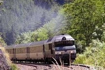 رشد 60 درصدی حمل بار  توسط راه آهن شمال