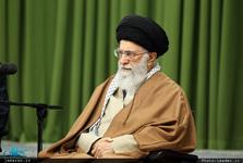 رهبر معظم انقلاب:  فلسطین با توطئه سکوت نادیده گرفته میشود/ مسئله یمن و بحرین باید حل شود/  ما حتی به کسانی که صریحاً با ما دشمنی میکنند، گفتهایم آماده برخورد برادرانه هستیم، اگرچه آنها چنین رویکردی ندارند