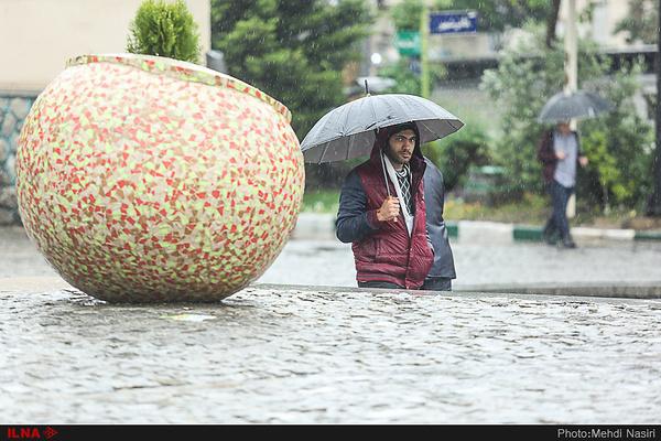 کاهش چشمگیر دمای هوا   بارشهای پراکنده با گرد و غبار