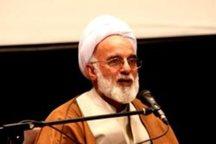 امام جمعه اراک:تشریح خدمات نظام، تکلیف مدیران در جریان انتخابات است