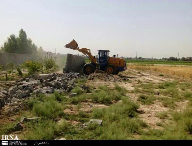 تعیین ضرب الاجل برای تخریب ساخت های غیرمجاز در اراضی ورامین