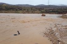 12 میلیارد تومان به خسارت دیدگان سیل صومعه سرا پرداخت شد