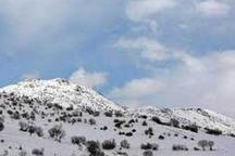 بارش برف در ارتفاعات استان زنجان ادامه دارد