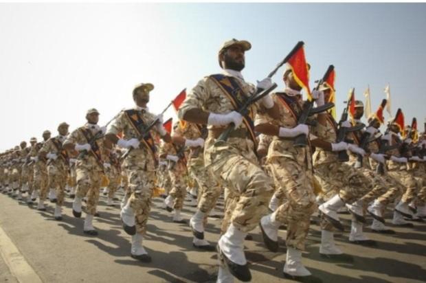 تروریستی نامیدن سپاه، از جایگاه مردمی آن نمی کاهد