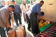 30 مهر ، ضرب الاجل تحویل سوخت زمستانی به روستائیان غرب مازندران