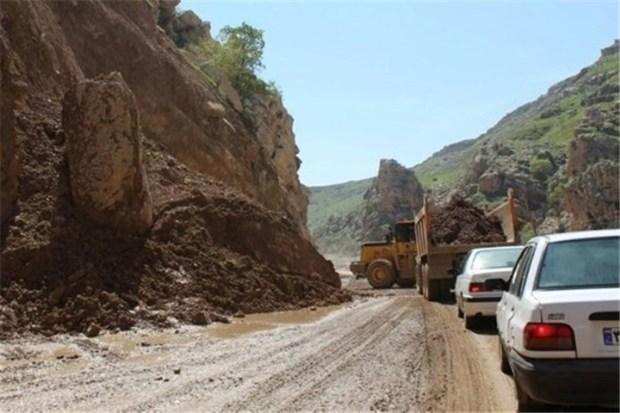 اختلاف نظر پلیس راه و راهداری جاده هراز را بسته نگه داشت