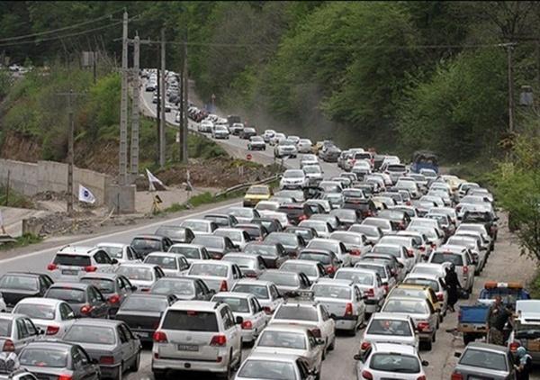 ترافیک سنگین در جادههای مازندران  مسدود شدن جاده کندوان