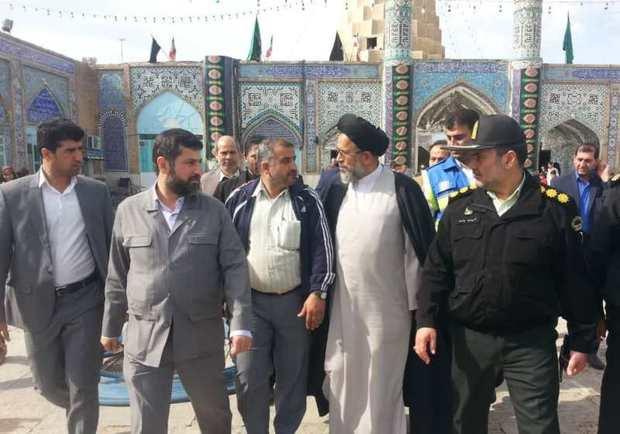 وزیر اطلاعات به زیارت حرم حضرت دانیال نبی(ع) رفت