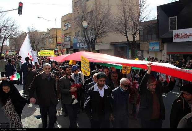 حضور پرشور مردم در راهپیمایی 22 بهمن دشمن را نا امید کرد