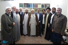 دیدار مدیران موسسه تنظیم و نشر آثار امام خمینی(س) نمایندگی قم با جمعی از مراجع و علما