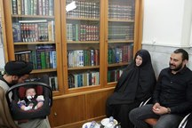 زن آلمانی در حرم مطهر رضوی مسلمان شد