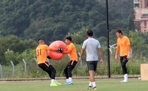آخرین تمرین تیم ملی هنگ کنگ پیش از دیدار با ایران+ تصاویر