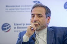 عراقچی: بازگشت قطعنامههای قبلی خط قرمز ایران است/ در صورت بازگشت قطعنامهها، در «دکترین هستهای» خود تجدید نظر میکنیم/ در زمان و مکان مناسب به حمله به نفتکش ایرانی پاسخ میدهیم