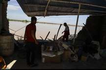 برخی روستاهای درمعرض سیلاب خوزستان برای تخلیه مقاومت می کنند