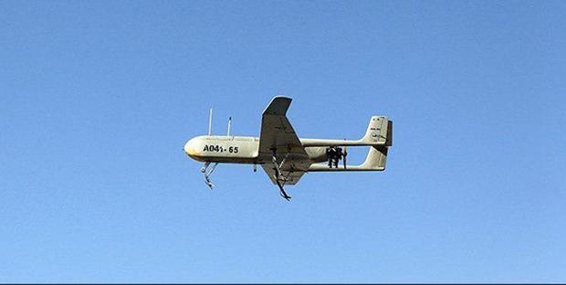 انجام عملیات شناسایی با استفاده از پهپادهای مهاجر۲ و جنگندههایRF-۴ توسط ارتش