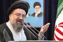امام خمینی (ره) عاشق مردم بود