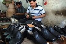 رییس جمهوری از بازار و کارگاه های تولید کفش تبریز بازدید کرد
