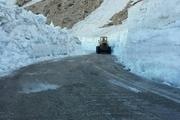 راهداری برف های «تته» را پارو کرد