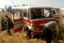 تصادف مینیبوس و کامیون در «هزارجریب» نکا ۱۶ مجروح برجای گذاشت