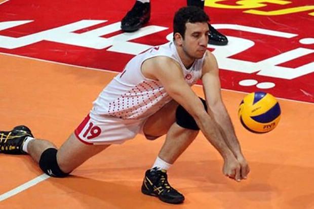 والیبالیست قزوینی عازم صربستان شد