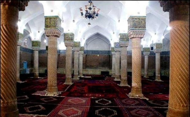 مساجد کردستان آماده میزبانی از ماه ضیافت الهی شد