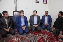 دلجویی قائم مقام وزیرکار از خانواده کارگر البرزی فوت شده در محیط کار