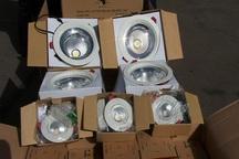 پلمپ عطاری متخلف در رشت و توقیف لامپ های قاچاق در آستارا