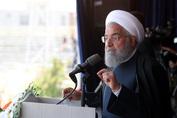 رییس جمهور روحانی: به برکت دلاوری سپاه غیور، ارتش، نیروی انتظامی و بسیج امنیت مثال زدنی را شاهدیم/ هیچکس نمی تواند امید را از ملت ما بگیرد/هر کس توطئه کند، عواقبش را خواهد دید/تصمیمات محکم ارزی گرفتیم؛ صادر کنندگان و وارد کنندگان نگران نباشند