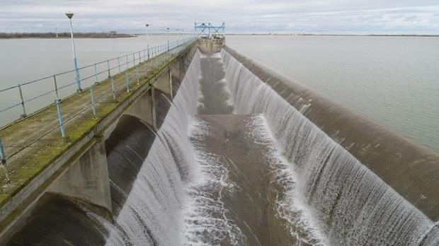 تعمیر دریچه خروجی سد وشمگیر آق قلا تا ۳ ماه آینده