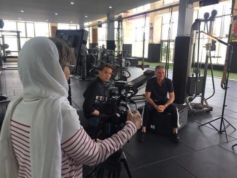 کی روش با خبرنگار  خانم شبکه CNN در تهران گفتگو کرد +عکس