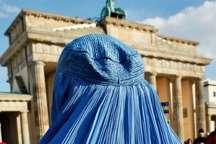 آلمان کارمندان دولت، قضات و سربازان را از پوشیدن روبنده منع کرد