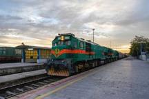 برخورد یک عابر با قطار در تاکستان منجر به مرگ وی شد