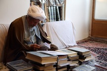 اندیشه و عمل آیت الله مومن در راستای خدمت به انقلاب بود