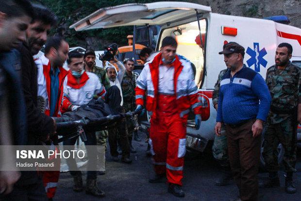 انتقال 81 نفر از مصدومان حادثه معدن به مراکز درمانی/ 2 همسر باردار در بین خانواده