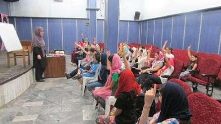 مثنوی و شاهنامه خوانی نوجوانان در لاهیجان