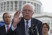 «برنی سندرز» خواستار تعویق رأی گیری طرح تحریم ایران شد