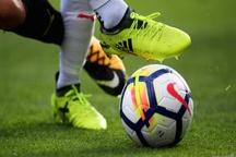 تیم های فوتبال فولاد و نفت آبادان چهار بازیکن محروم دارند