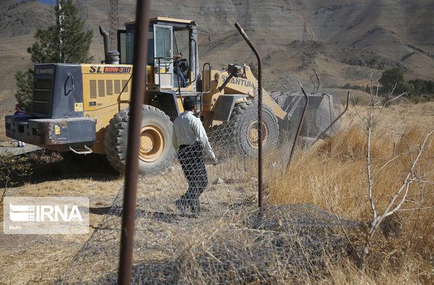 تخریب ۱۲ مورد ساخت و ساز غیرمجاز در بروجرد