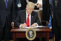 ترامپ فرمان تعلیق انتقال سفارت آمریکا را امضا کرد