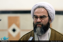 غرویان: احمدینژاد درس عبرت بزرگی برای تاریخ سیاسی ایران خواهد شد