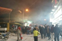 آتش در پاساژ برلیان آبادان مهار شد