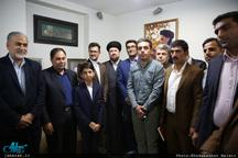 دیدار جمعی از فعالان فضای مجازی با سید حسن خمینی