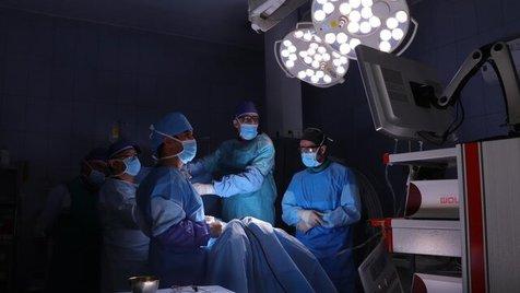 معایب جراحی باز برای درمان دیسک کمر